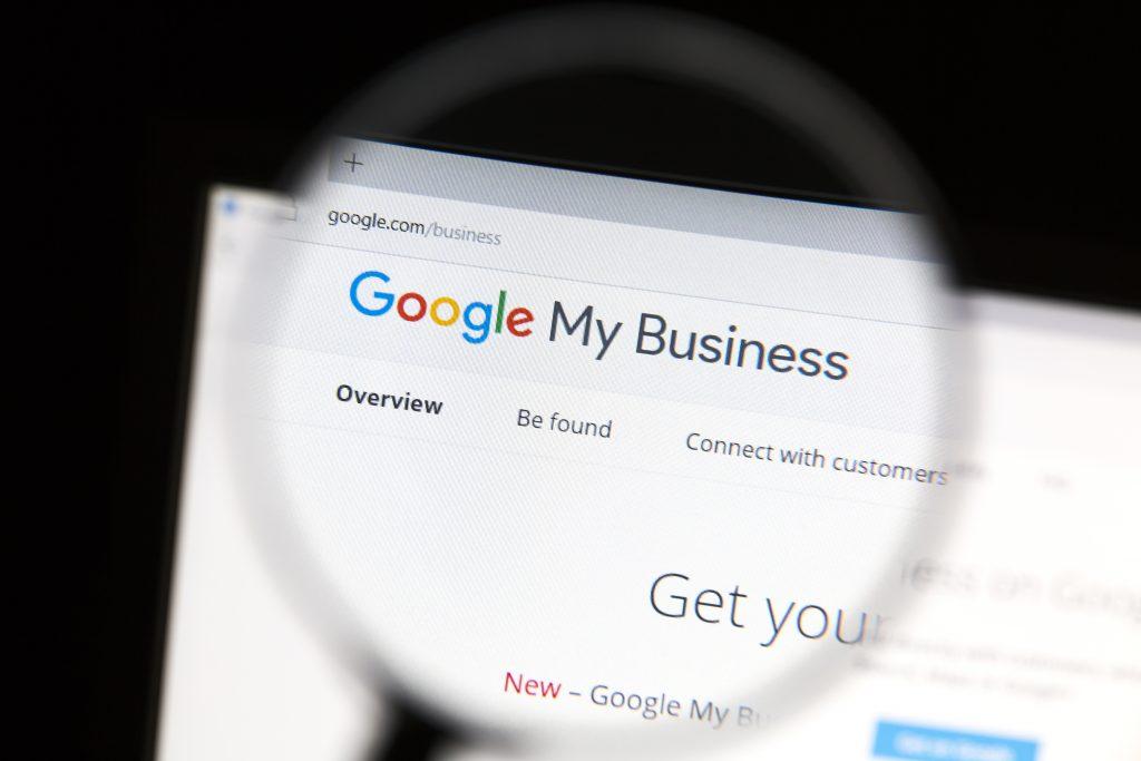 Vyzkoušejte našich 10 tajných triků, jak vyzrát na Google My Business
